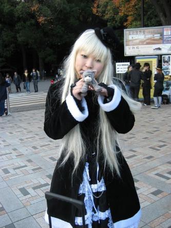 Goth_white_hair