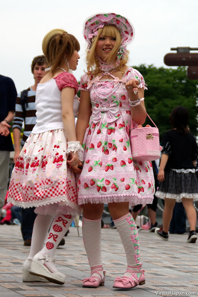 harajuku-fashion-07-16-07-04