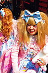 harajuku_girl_IIIIII_by_x_chocoholique_x.jpg