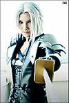 CRISIS_CORE_Sephiroth_Cosplay_by_BeBelial.jpg
