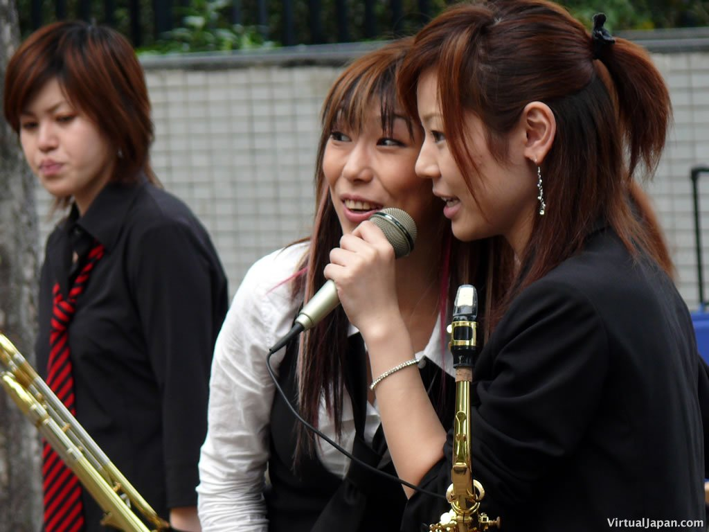 Sakura-Banda-093006-02