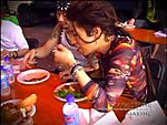 Gackt_eating.jpg
