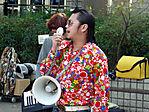 yoyogi-singer-101206-01.jpg