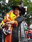 tokyo-halloween-parade-2006-121.jpg