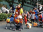 tokyo-halloween-parade-2006-130.jpg