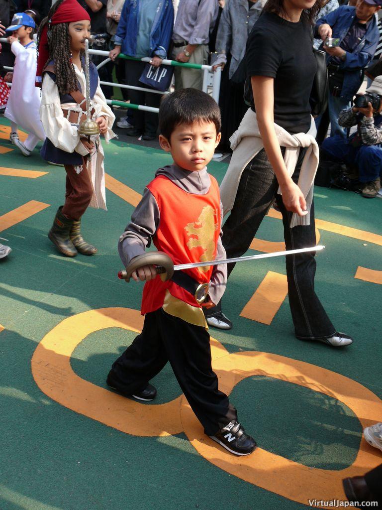 tokyo-halloween-parade-2006-011