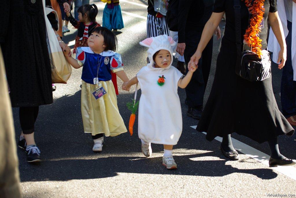 Harajuku-Pumpkin-Parade-2007-074